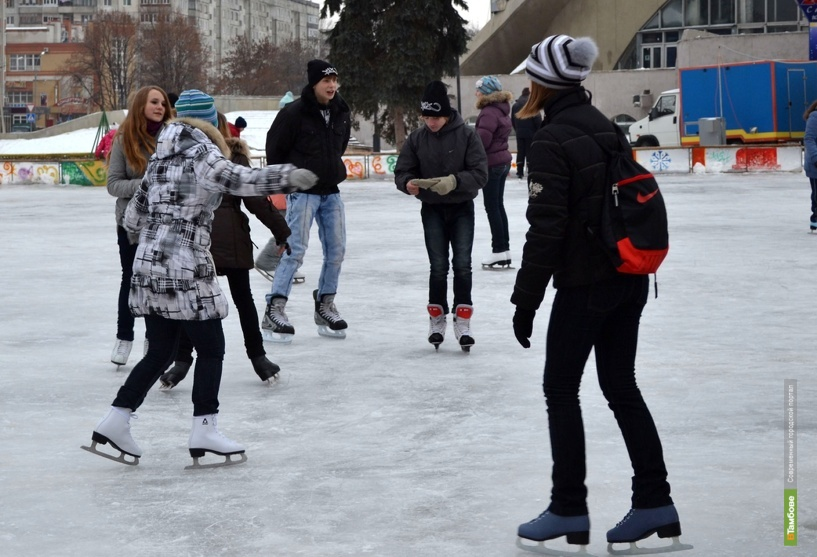 Студенты отметят 14 февраля на «Катке для влюблённых»
