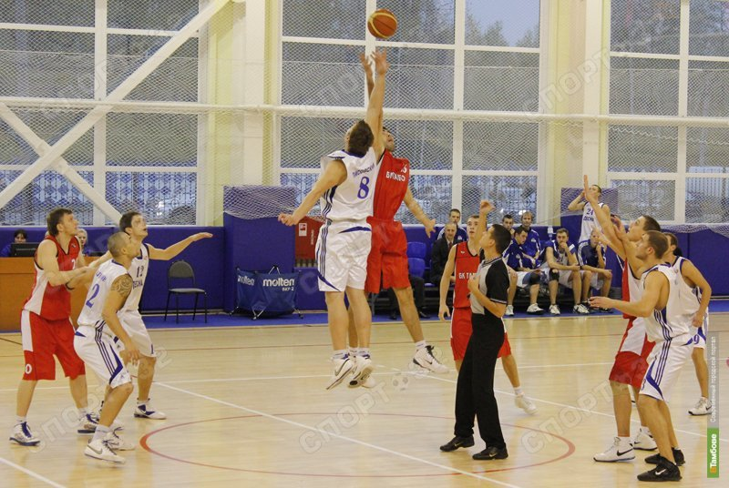 Тамбовские баскетболисты обыграли брянскую «Десну»