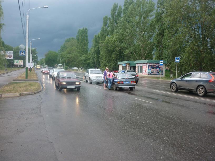 В Мичуринске «Шевроле-Нива» сбила девушку на переходе