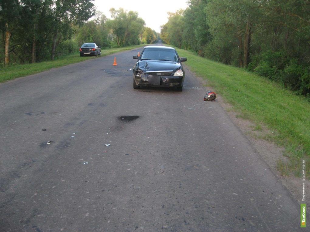 Под Тамбовом 15-летний скутерист врезался в Приору