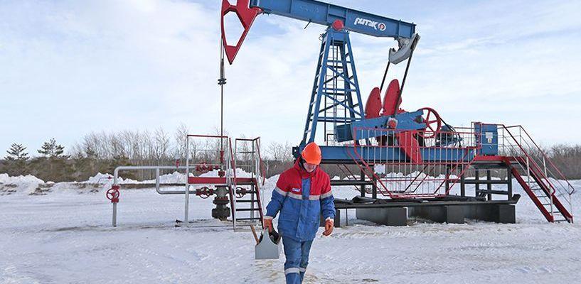 Сокращение добычи нефти принесло российской казне 9 миллиардов долларов