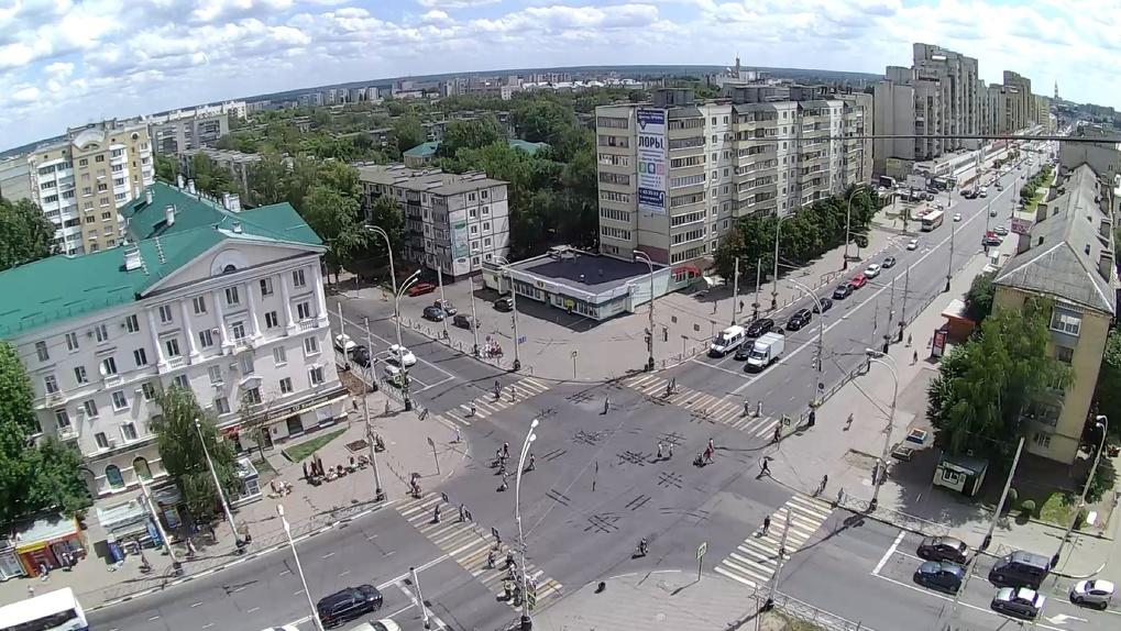 Запрет поворота налево на перекрестке Советской и Чичканова вызвал недовольство. Проводят опрос