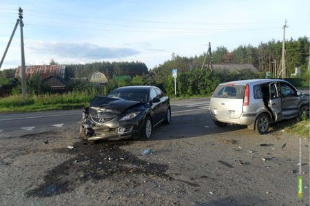 В аварии под Тамбовом пострадали четыре человека