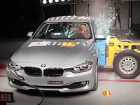 Новые автомобили 2012 года проверили на безопасность