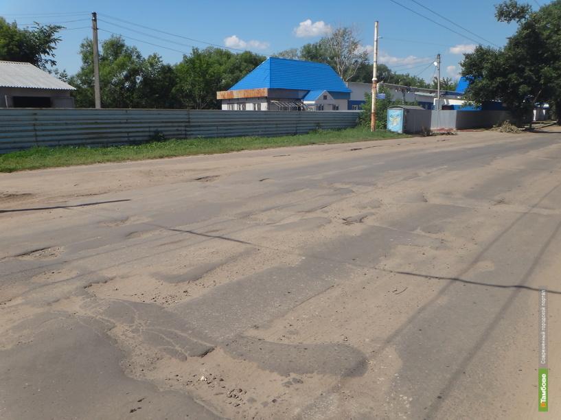 В 407 населённых пунктах Тамбовщины нет дорог с твёрдым покрытием