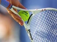 Звонарева вышла в четвертый круг US Open, Шарапова — вылетела