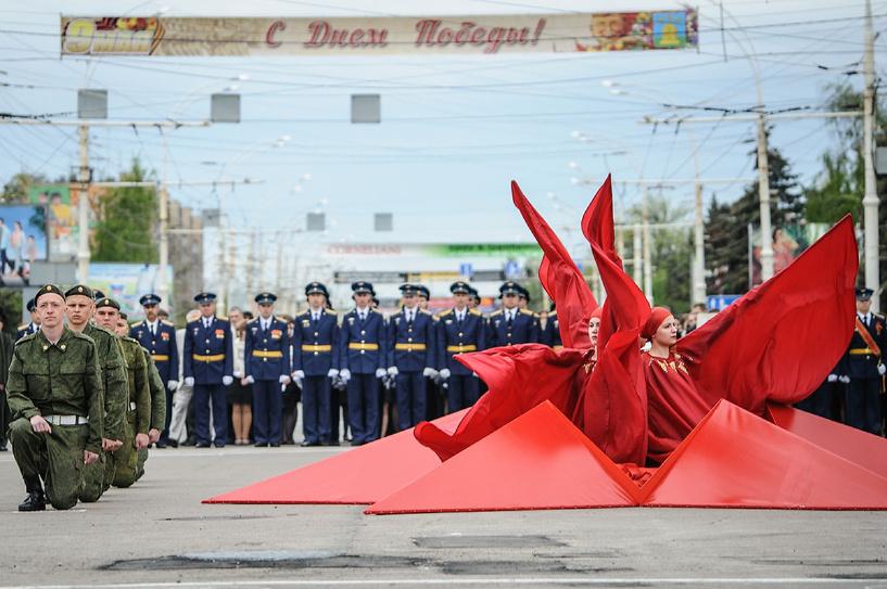 В честь 69-й годовщины Победы в Великой Отечественной войне в Тамбове состоялся парад и праздничное шествие