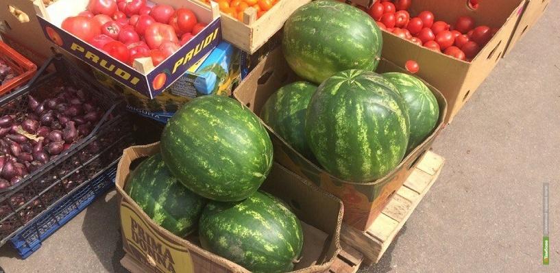 На фруктово-овощных прилавках появились арбузы