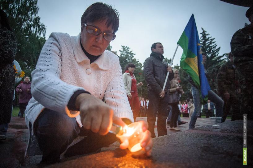 На ночное шествие в честь Дня памяти и скорби вышло несколько сотен тамбовчан