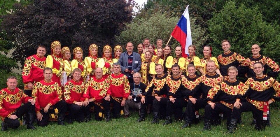 Ансамбль песни и танца «Ивушка» подготовил яркий номер про «Тамбовскую свадьбу»