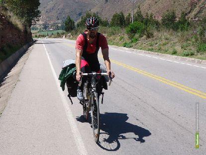На велосипед тамбовского кругосветника упала стрела крана