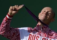 Имена российских медалистов выбьют на монетах