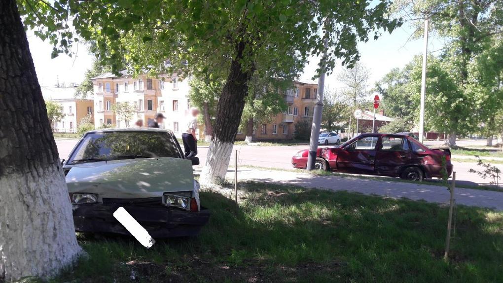 В Котовске не разъехались пенсионер и 20-летняя девушка: двое пострадавших в ДТП