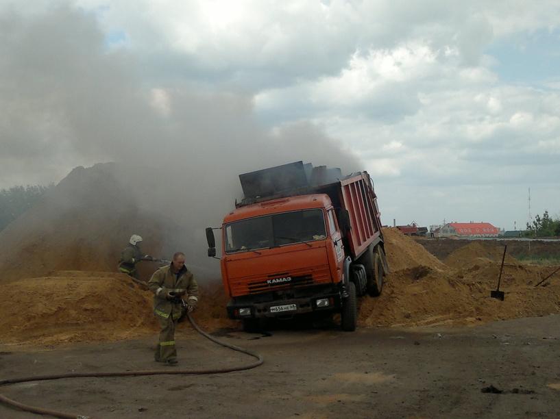 Во время пожара в Жердевском районе пострадал водитель Камаза