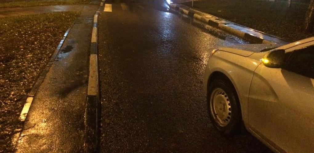Пенсионерка попала под колёса авто в центре Тамбова