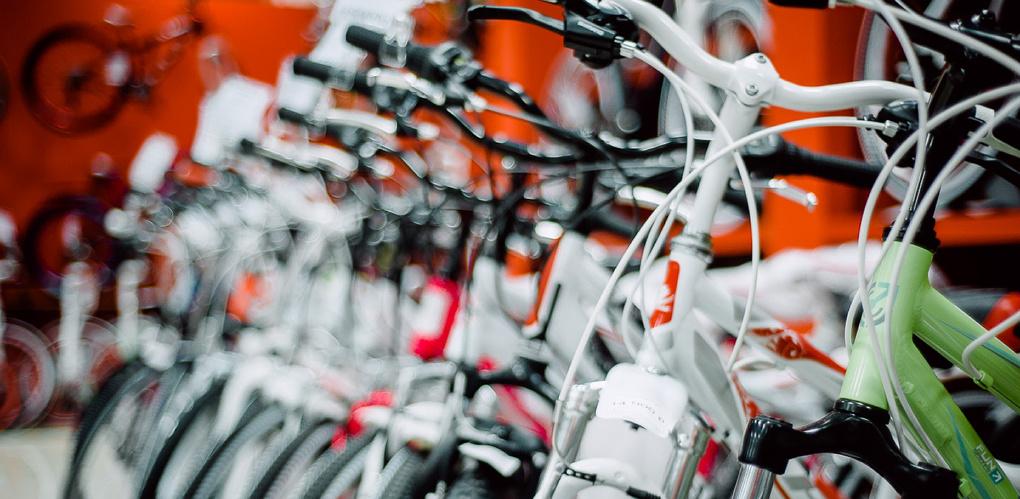Фирменный магазин «Лорак» и акция «ВелосипедуДА!»