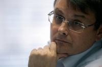 Единоросс хочет приравнять антироссийские статьи журналистов к госизмене