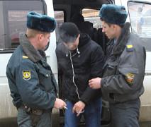 Тамбовчанин заплатил 100 тысяч рублей за избиение милиционера