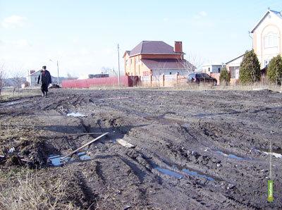 Тамбовчанка просит губернатора построить дорогу к ее дому