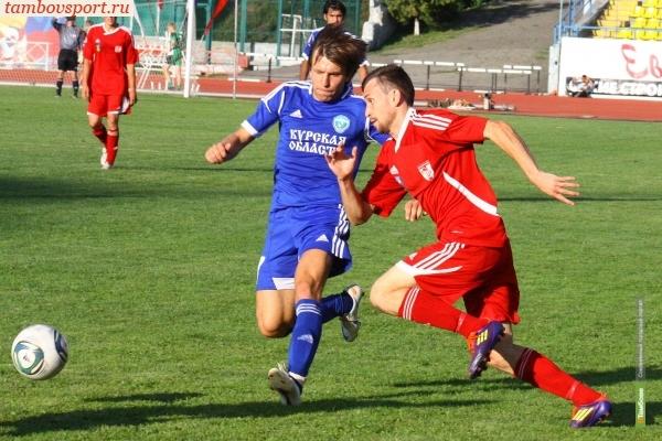 Вратарь тамбовского «Спартака» пострадал во время игры