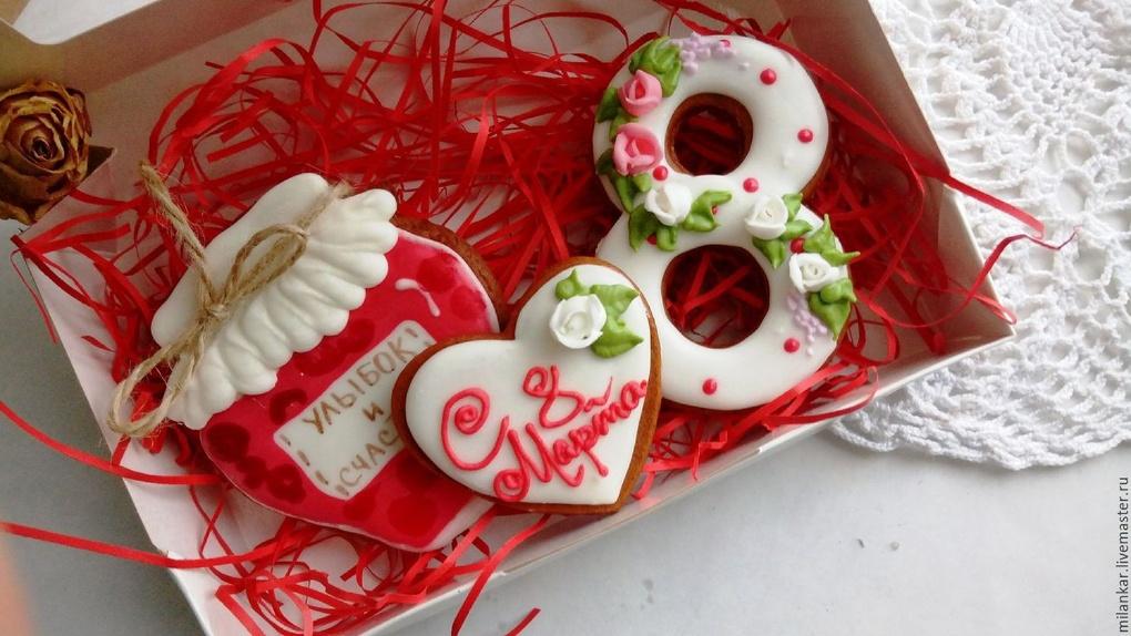 Отставить плюшевых мишек, конфеты и гели для душа! Чем удивить свою даму на 8 Марта