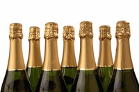 Дешевое шампанское исчезнет из магазинов до Нового года