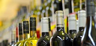 Приобрести алкоголь можно будет по водительскому удостоверению