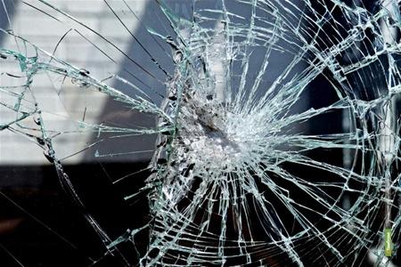 Обиженный тамбовчанин побил стёкла всем соседям