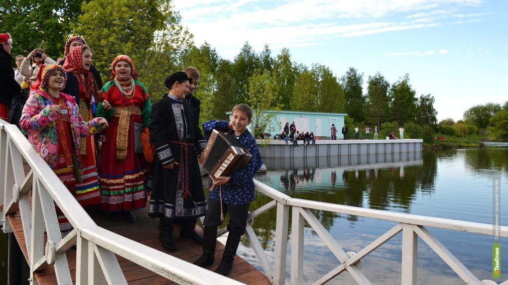 В Ивановке пройдёт традиционная «Сиреневая ночь». Программа