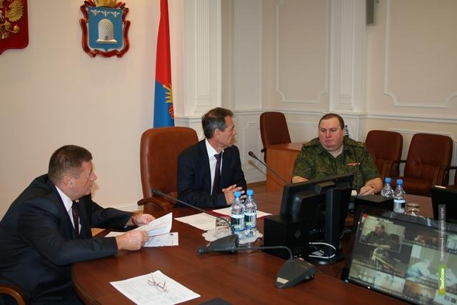 Чиновникам Тамбовщины официально представили нового военного комиссара