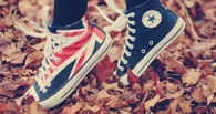 Россиянам запретят носить кеды, балетки и туфли на каблуках