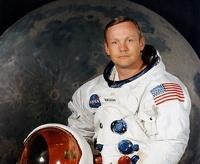 В США скончался первый космонавт, побывавший на Луне