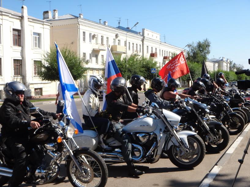 Тамбовчанам запретят парковаться на Соборной площади