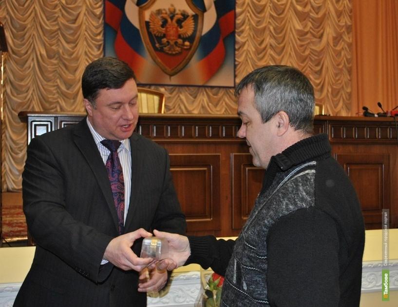 Главный полицейский Тамбовщины наградил горожан