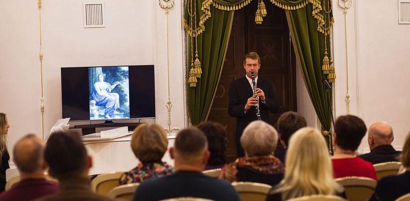 Живопись, классическая музыка и вальс: как прошла Ночь искусств в «Усадьбе Асеевых»?