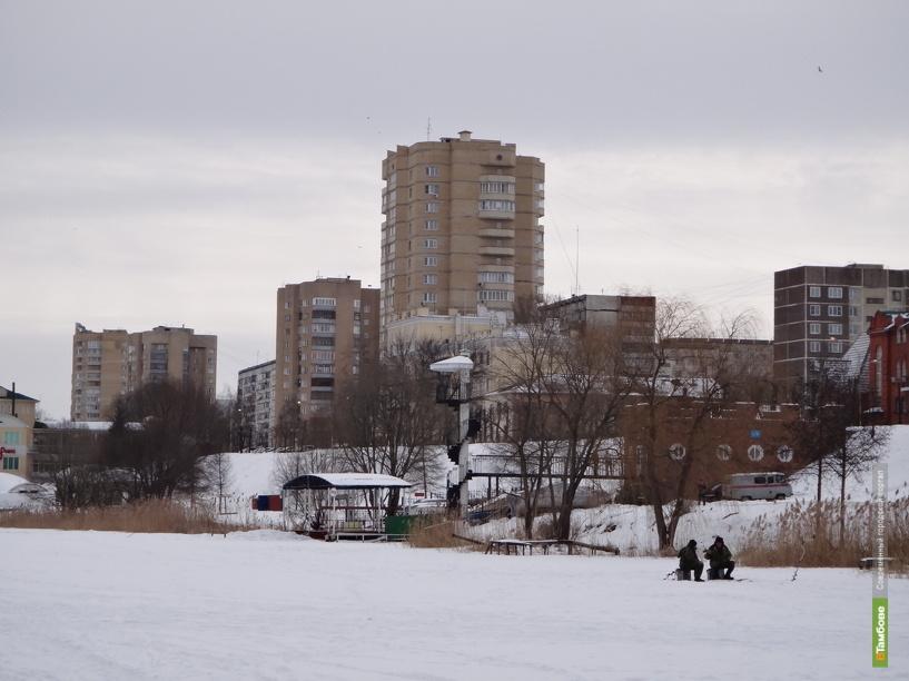 Безопасным лед на тамбовских водоемах будет еще неделю