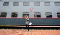 В двухэтажном пассажирском поезде Москва-Адлер сгорел вагон