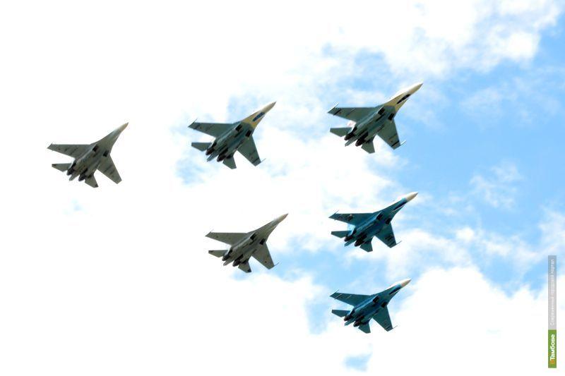 «Соколы России» разрезали тамбовское небо «ножом»