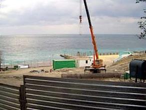 Тамбовчанин незаконно строит свой дом в береговой полосе