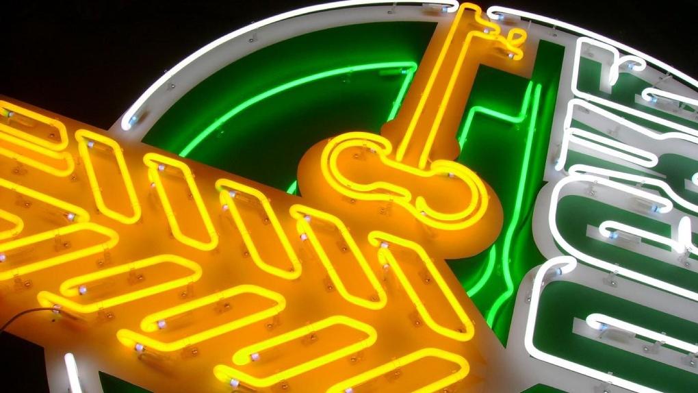 Россельхозбанк выступил организатором размещения биржевых облигаций ПАО Сбербанк серии 001Р-04R