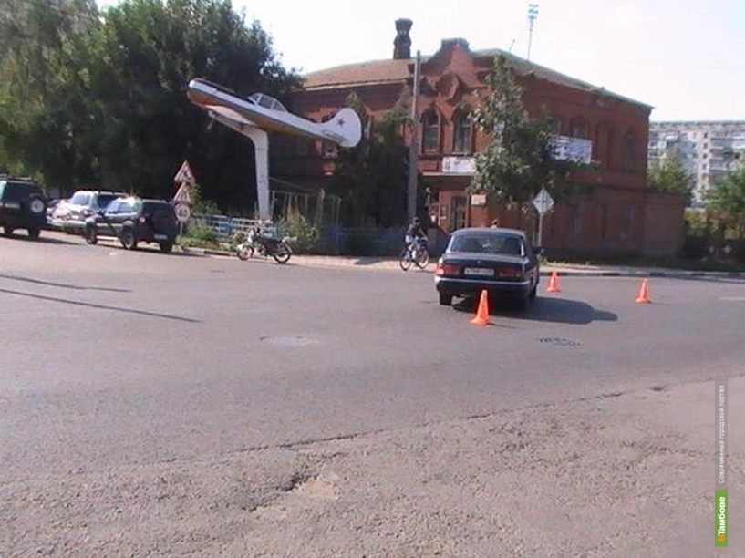 15-летний скутерист попал в ДТП в Тамбове