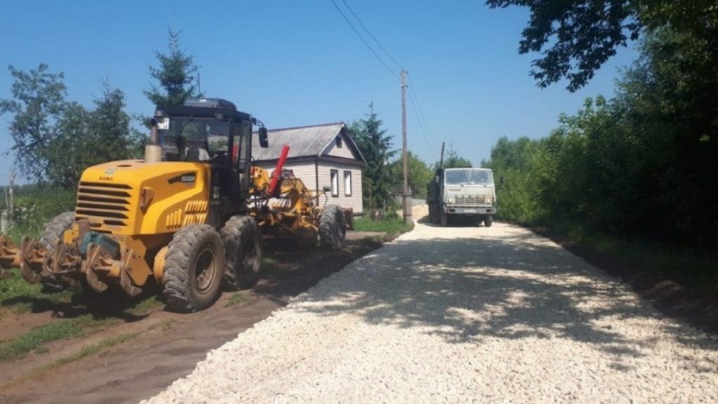 В Мичуринске активно обновляют асфальтовое покрытие улиц и тротуаров