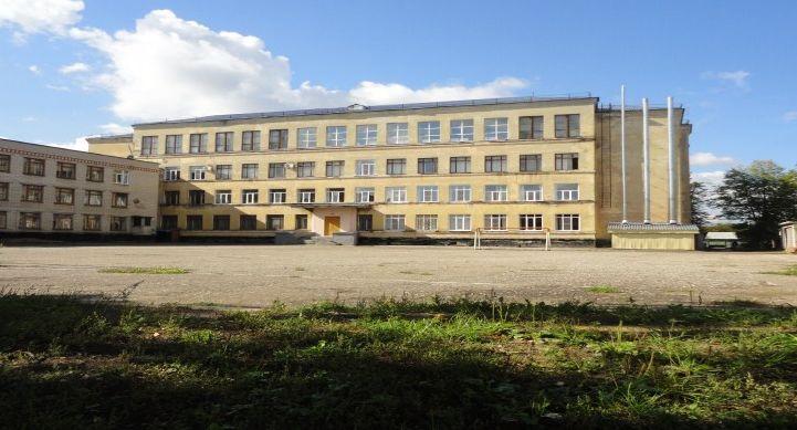 Тамбовская школа №33 отметила 80-летний юбилей