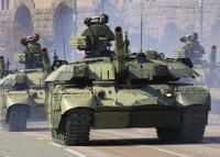 Министр обороны снимет с танков камуфляж