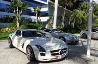 Власти Дубая хотят оставить автомобили только для богачей