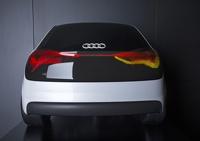 Audi научила свои машины светить лазерами и ездить самостоятельно