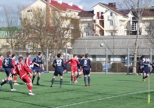Футболисты из Тамбова разгромили сибиряков