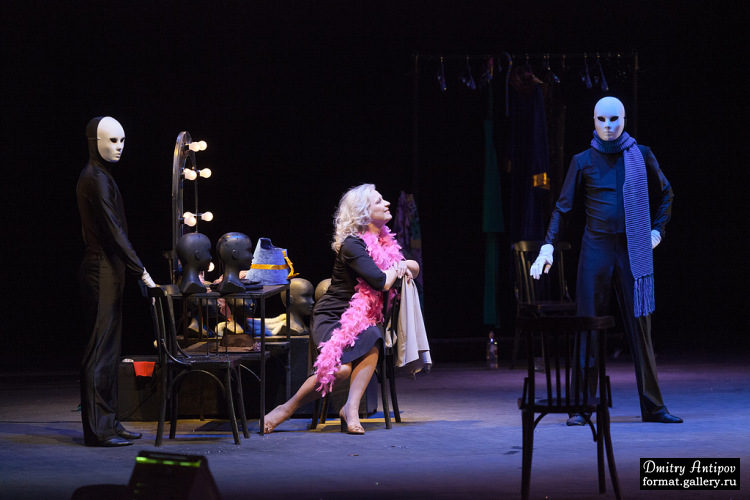 «Кастинг, или Белый танец для любимой актрисы»: в драмтеатре состоялась премьера нового спектакля