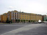 В столовой Кремля повесят люстры за 16 млн рублей