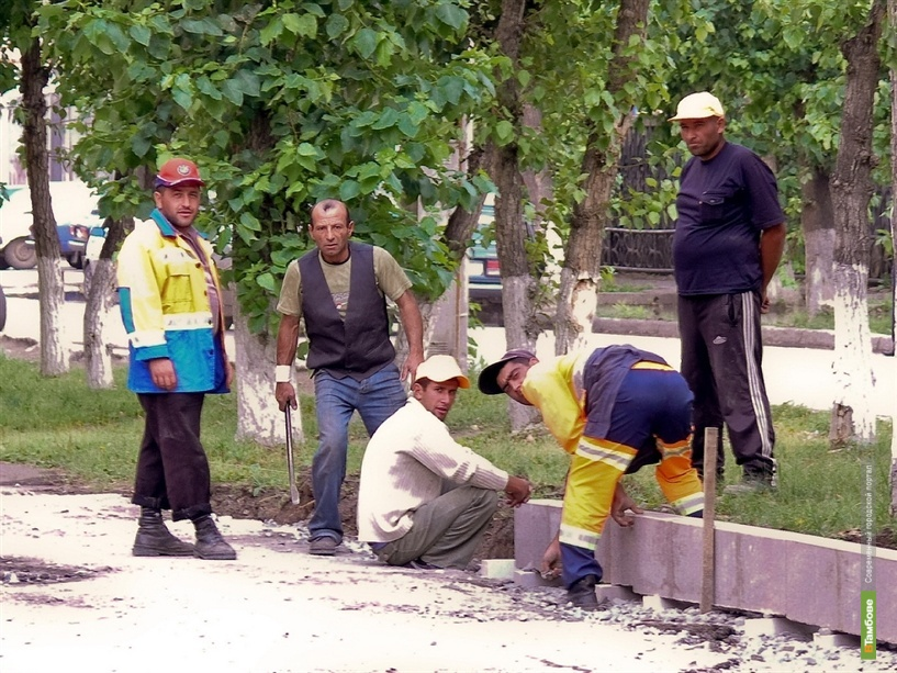 Гастарбайтерам из Белоруссии и Казахстана дали вольную